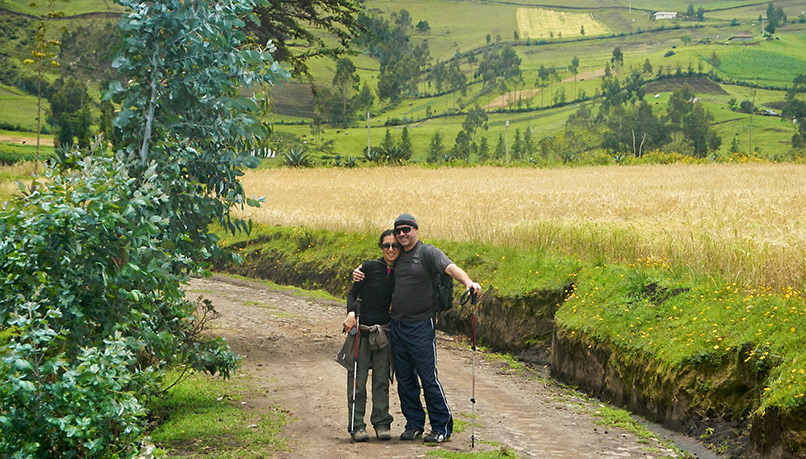 Weci-ecuador-walking-5